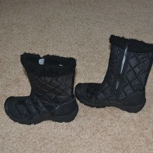KEEN Warm and Dry insulated black boots
